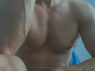 Cam Show with MusculeBoy69